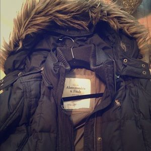 Abercrombie & Fitch sown winter coat